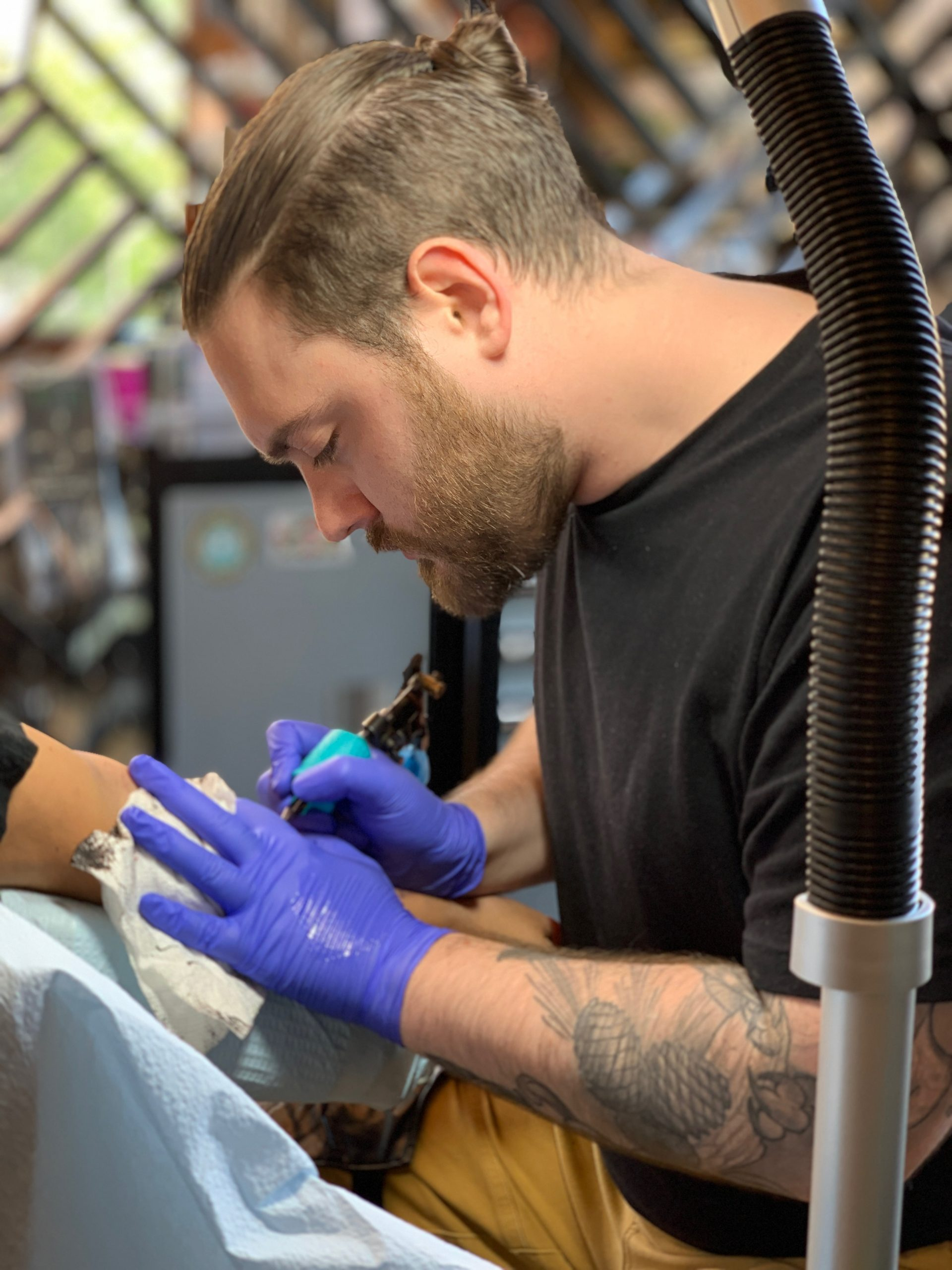 Colin O'Keefe- Chicago tattoo artist, best tattoo artist chicago, chicago tattoo, tattoo near me. Traditional tattoo blackwork tattoo